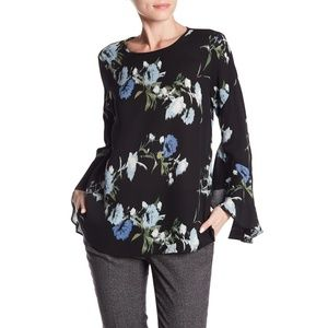 NWT Vince Camuto Windswept Bell Sleeve Blouse Top